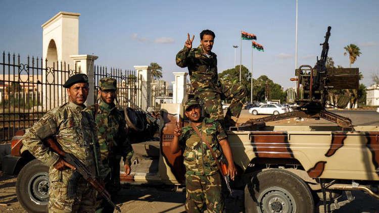 الجيش الليبي يأمل في فرض سيطرته على طرابلس دون قتال