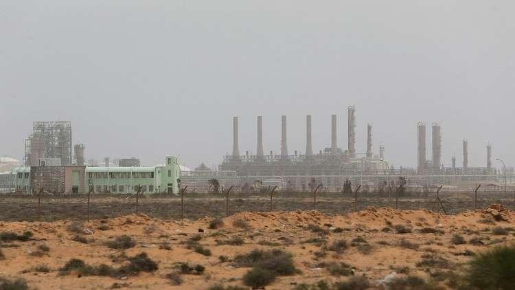 معيتيق: الاقتصاد الليبي يتعافى والشركات الروسية يجب أن تنفذ مشاريعها السابقة