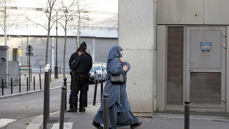 سجن فرنسية بسبب زيارتها لزوجها في سوريا