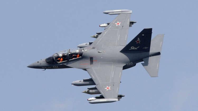 تحطم طائرة تدريب عسكرية غرب روسيا