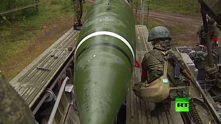 طواقم الصواريخ البالستية الروسية تتدرب عند تخوم الناتو
