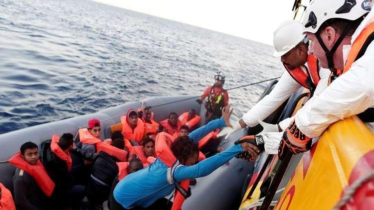 إيطاليا تدرب خفر السواحل الليبي على مكافحة الهجرة