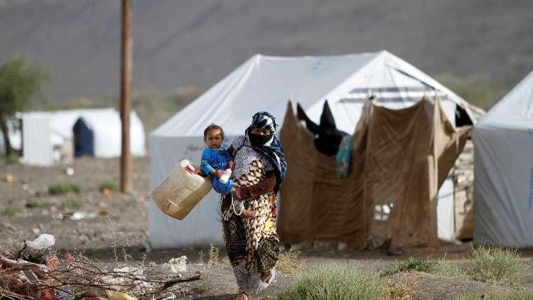 التحالف يتهم الحوثيين بعرقلة تفريغ سفن تحمل مواد غذائية