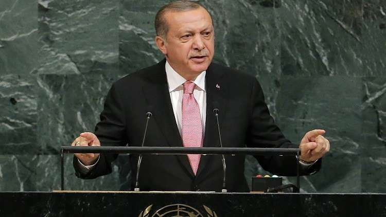 أردوغان يلوح بعقوبات