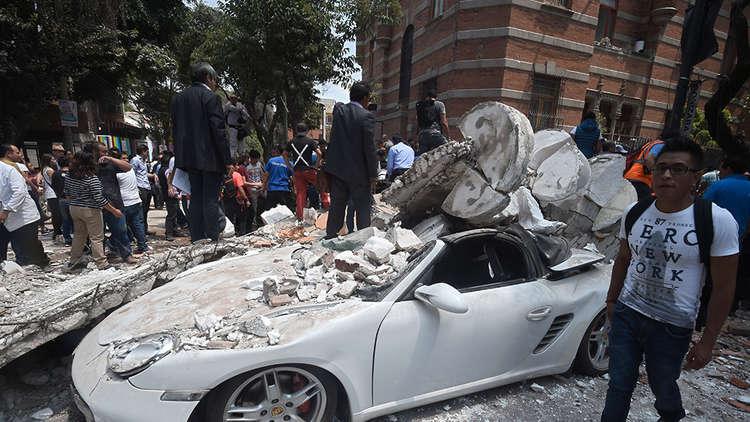 بالفيديو.. شاهد مدينة كاملة تهتز بفعل الزلزال في المكسيك (مشاهد مصورة من الأعلى)