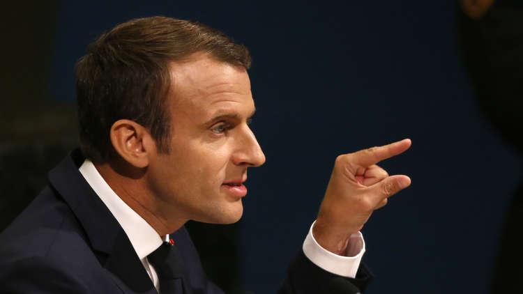 ماكرون نفى العزم على الإطاحة بالأسد وأكد احترامه لبوتين