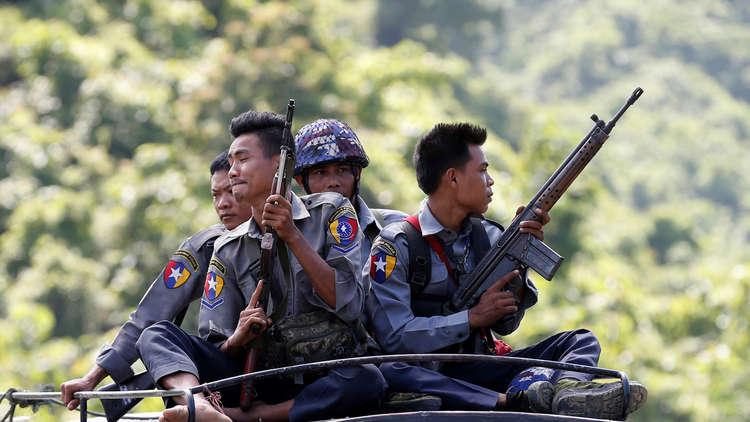 جيش ميانمار: العثور على مقبرة جماعية لـ 28 هندوسيا