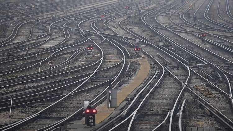 تأجيل مشروع السكك الحديدية