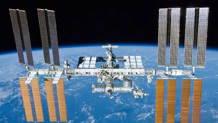 الإمارات توسع برنامجا فضائيا ضخما من روسيا