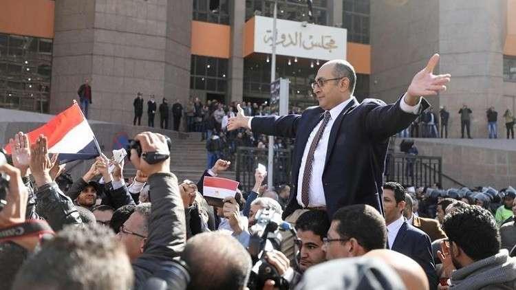 مصر.. حكم بسجن منافس محتمل للسيسي على الرئاسة