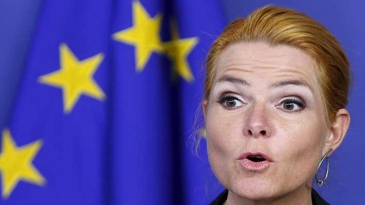 وزيرة دنماركية تعيد نشر الرسمة المسيئة للرسول