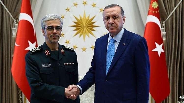 وفد عسكري تركي رفيع يزور إيران وسط تصعيد ضد استفتاء كردستان