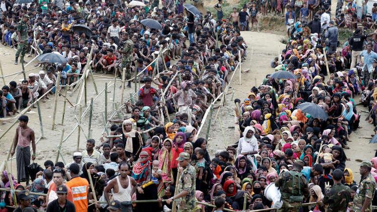 عدد اللاجئين الروهينغا يقترب من نصف المليون