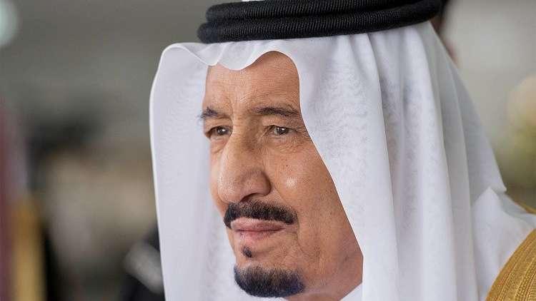 السعودية.. الملك سلمان يأمر بإصدار رخص قيادة السيارات للمرأة
