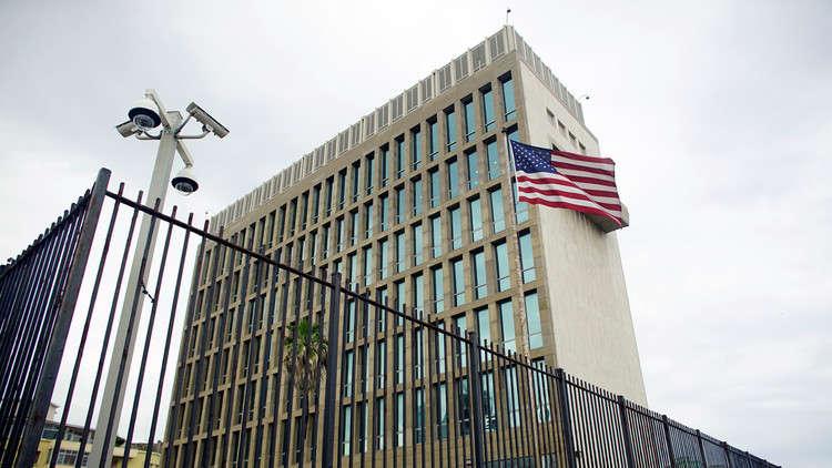 واشنطن تستدعي معظم دبلوماسييها في كوبا