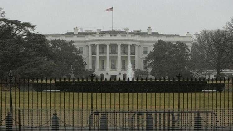 البيت الأبيض يلوح بتوسيع العقوبات في مجال الأمن