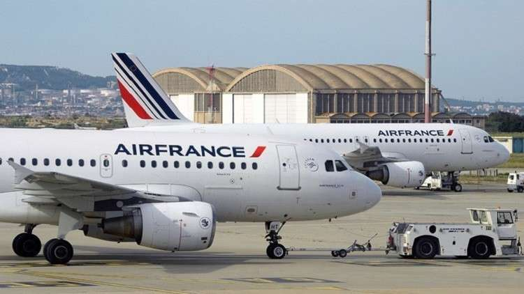 هبوط طائرة ركاب فرنسية اضطراريا في كندا