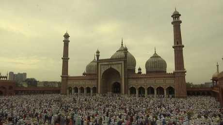 مسلمو الهند يحتفلون بعيد الأضحى المبارك