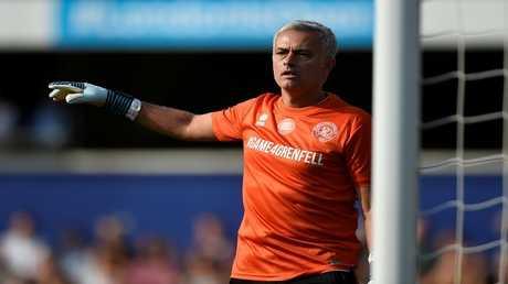 البرتغالي جوزيه مورينيو مدرب مانشستر يونايتد الإنجليزي