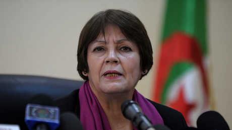 وزيرة التربية الجزائرية نورية بن غبريت