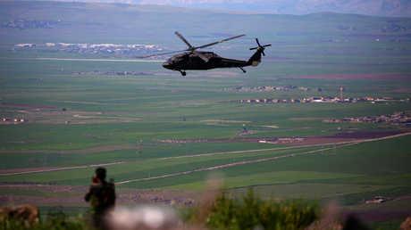 مروحية تابعة لقوات التحالف الدولي في شمال سوريا