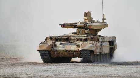 """عربة قتالية روسية لدعم الدبابات من طراز """"تيرميناتور"""""""