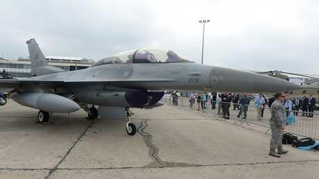 أرشيف - طائرة F-16 الأمريكية