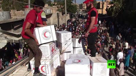 وصول المساعدات الإنسانية إلى أهالي دير الزور