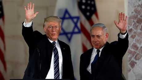 رئيس الوزراء بنيامين نتنياهو والرئيس الأمريكي دونالد ترامب