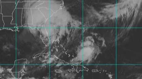 """إعصار """"إرما"""" يتجه من فلوريدا إلى جورجيا"""
