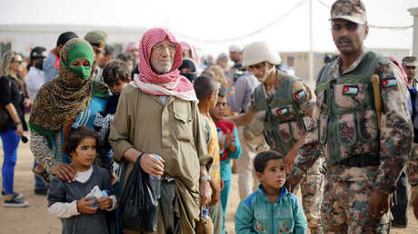 جنود أردنيون في منطقة الركبان الحدودية مع سوريا