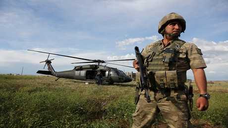 جندي تركي - ديار بكر، تركيا 19 مايو 2016