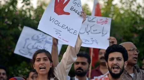 ناشطون يتظاهرون دعما لحقوق المجتمع المدني في باكستان