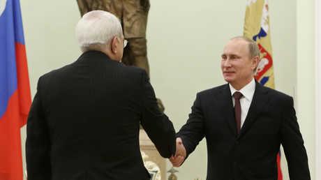 فلاديمير بوتين يستقبل محمد جواد ظريف - صورة أرشيفية