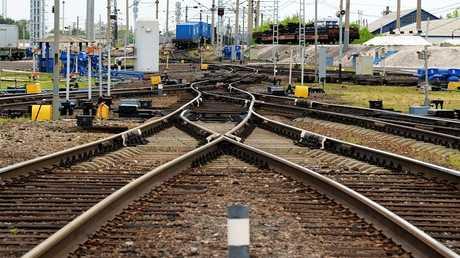 صورة ارشيفية لتقاطع سكك حديدية