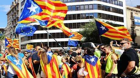 مظاهرة في برشلونة تأييدا للانفصال عن إسبانبا