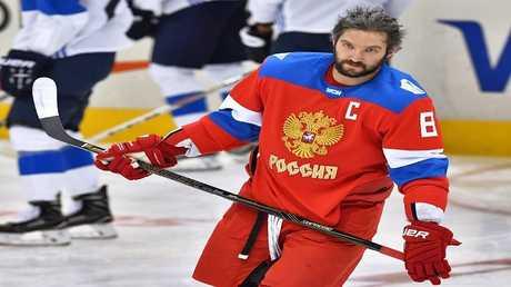 لاعب المنتخب الروسي للهوكي ألكسندر أوفيتشكين