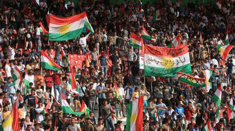 أكراد مؤيدون لاستفتاء كردستان