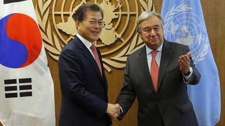 أمين عام الأمم المتحدة أنطونيو غوتيريش ورئيس كوريا الجنوبية مون جيه إن