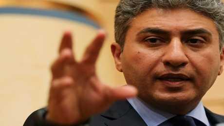 وزير الطيران المدني المصري شريف فتحي