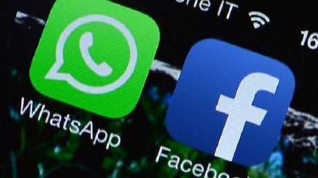زر جديد يدمج واتس آب مع تطبيق فيسبوك!