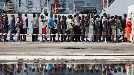 إنقاذ أكثر من 1000 مهاجر من الغرق في المتوسط