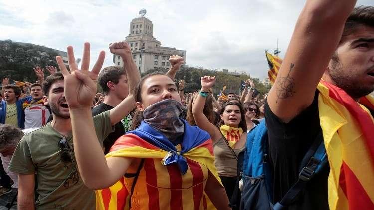 استفتاء  كتالونيا يدفع اليورو للهبوط