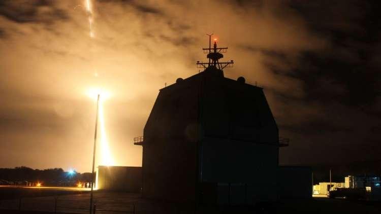 أمريكا تعزز درعها الصاروخي العائم