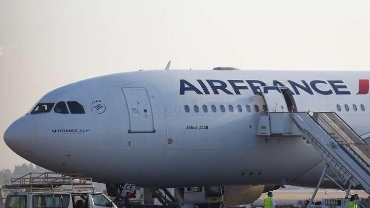 باريس تقود تحقيقا في هبوط اضطراري لطائرة فرنسية في كندا