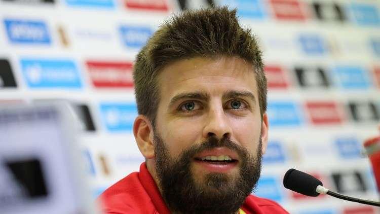 بيكيه يحدد مستقبله مع منتخب إسبانيا