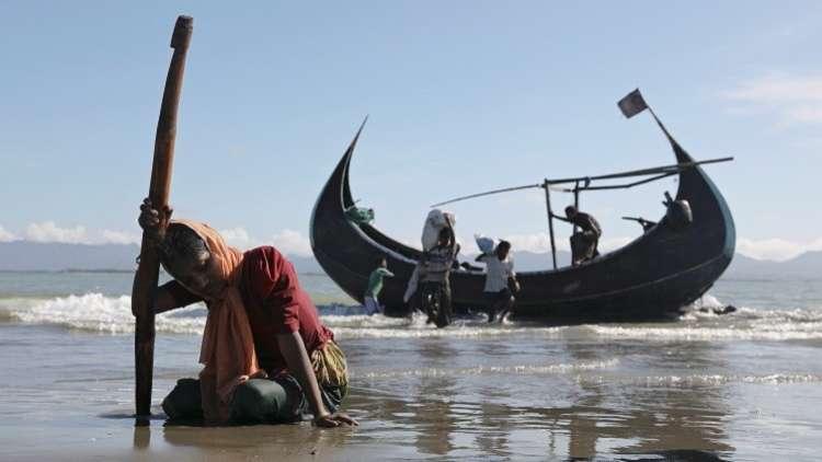 تركيا تبحث مع بنغلادش تخصيص جزيرة للاجئي