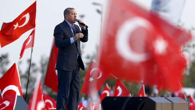 أردوغان: سنغلق المجال الجوي والمعابر الحدودية أمام كردستان العراق ردا على الاستفتاء