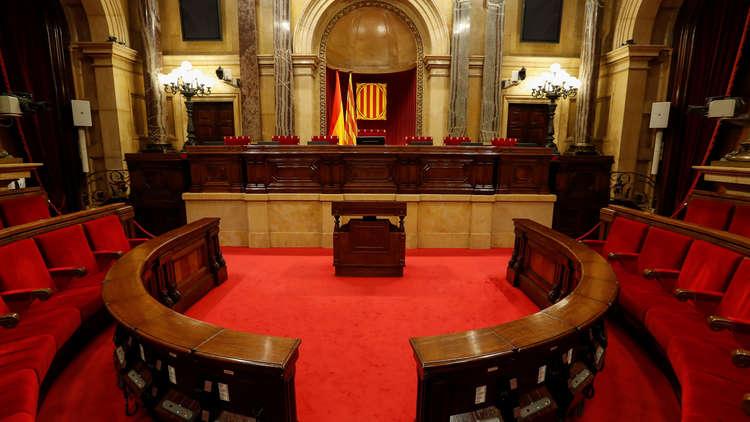 إسبانيا تعلق جلسة للبرلمان الكتالوني