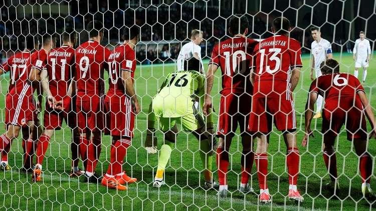 بولندا تكتسح أرمينيا وتضع قدما في مونديال 2018 (فيديو)